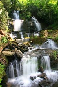 Shoals Falls