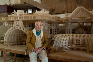 Photo © Timothy Hursley. Paolo Soleri